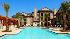 Picture of apartment in Cinco Rancho Houston Tx near coordinates 29°44′29″N 95°45′30″W
