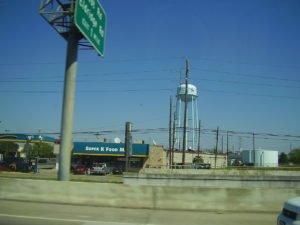Picture of freeway near Jersey city neighborhood around zip code 77040